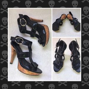 Black sandal heels by Chinese Laundry Size 7M